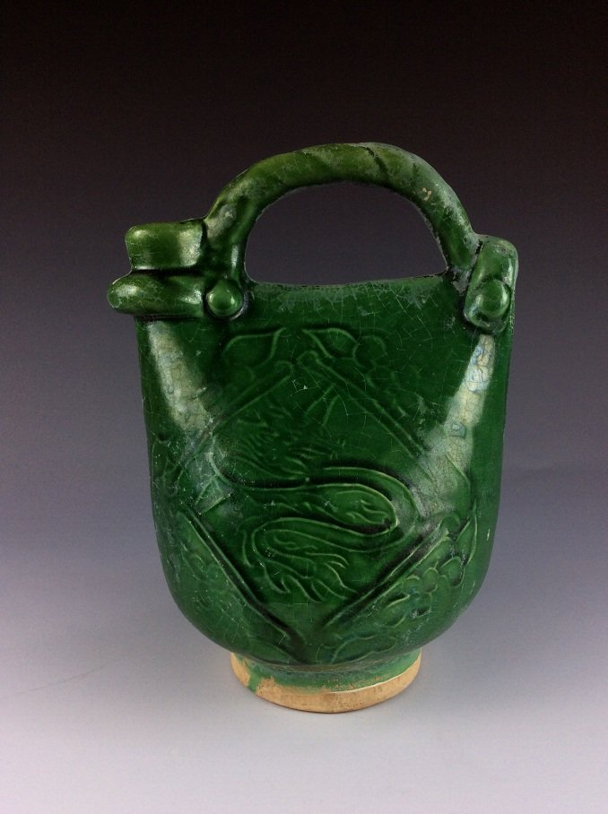 Fine Liao style Chinese green glazed beg