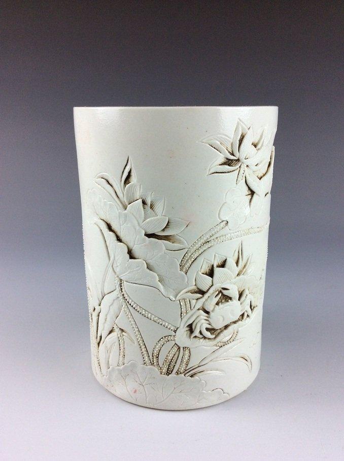 Late Qing, 19C Fine Chinese white glazed brush pot,