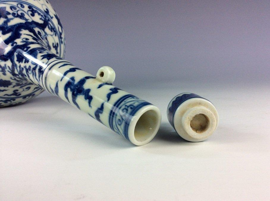 Chinese  porcelain vase,  blue & white glaze, decorated - 6