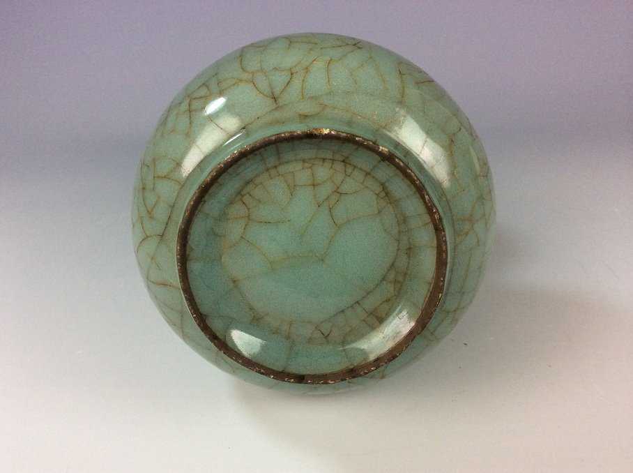 Song style, Guan kiln, Chinese celadon glazed vase with - 2