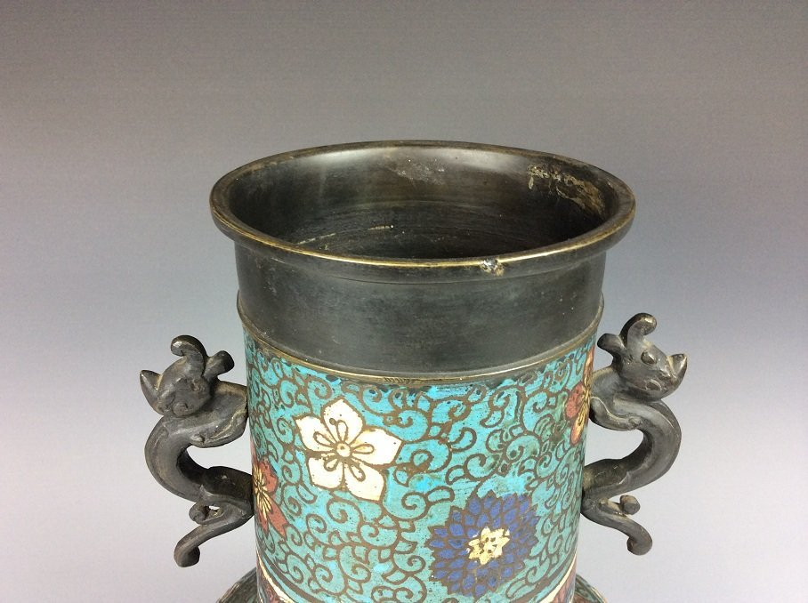Vintage Chinese cloisonne vase, Decorated with flowers - 3