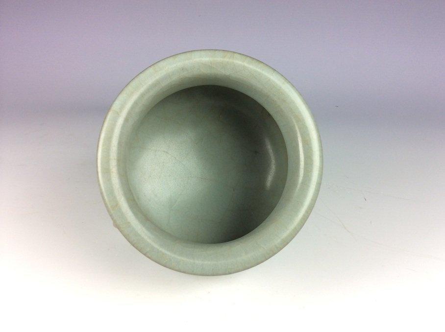 Chinese longquan celadon glazed porcelain censer - 3