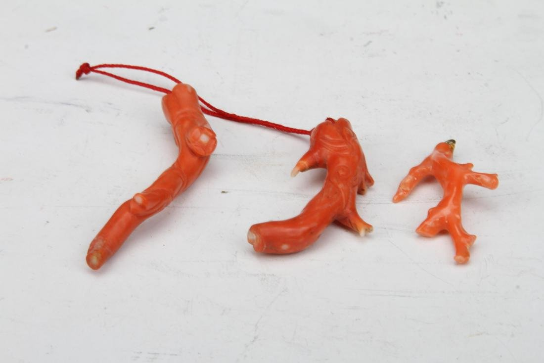 [CHINESE]DRAGON SHAPED PENDANTS MADE BY RED CORAL(TOTAL