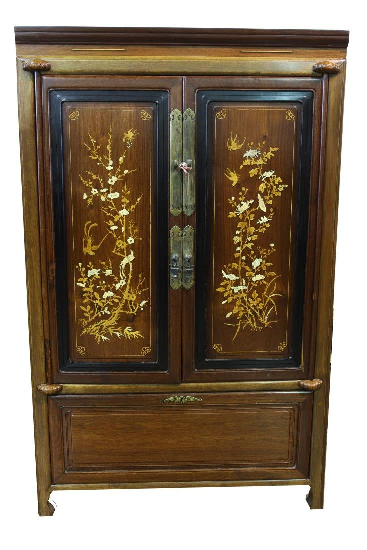 [CHINESE]A LATE 19TH CENTURY NANMU WOOD CABINET INLAID