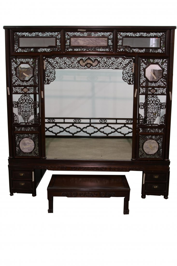 [CHINESE]A LATE 19TH CENTURY SUANZHI WOOD BED AND