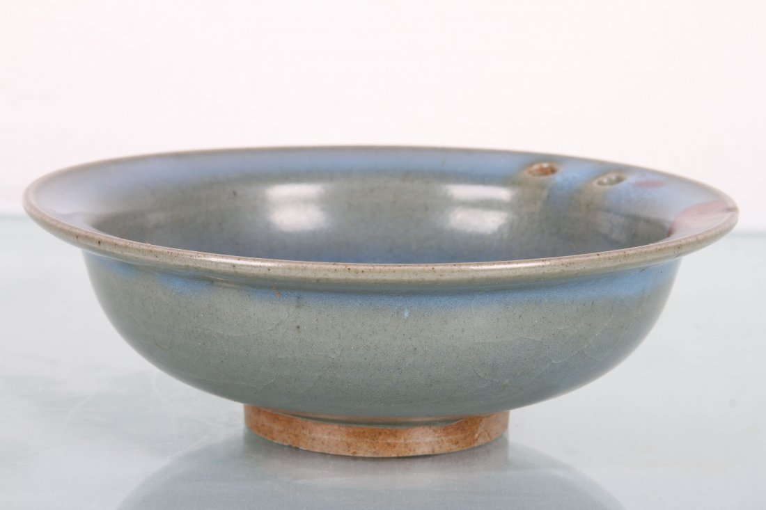 [CHINESE]A LATE 19TH CENTURY JUN GLAZED PORCELAIN BOWL