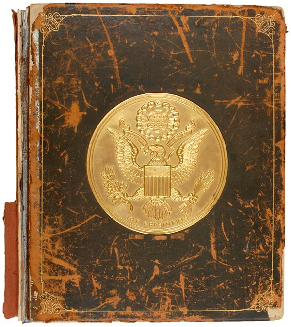 383: 1907, Book, The Presidents: White House Gallery
