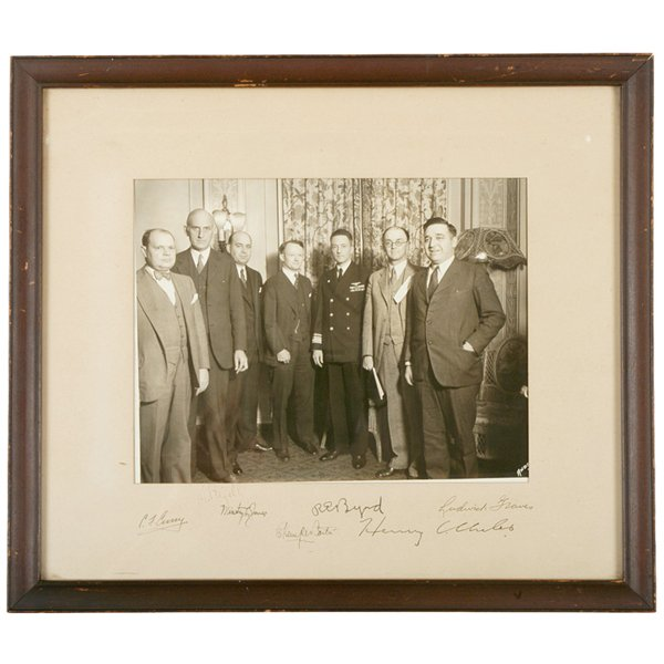 2009: Photograph Signed R.E. BYRD and Six Others