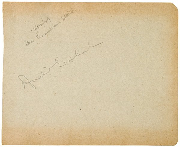 3008: Female Pilot AMELIA EARHART Signed Book Page