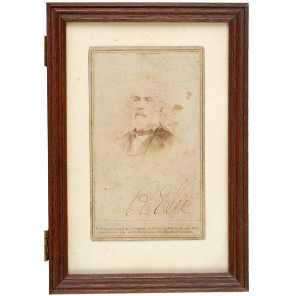 3017: ROBERT E. LEE, Signed Carte-de-Visite