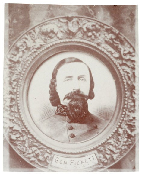 4020: Locket Photograph of General George Pickett