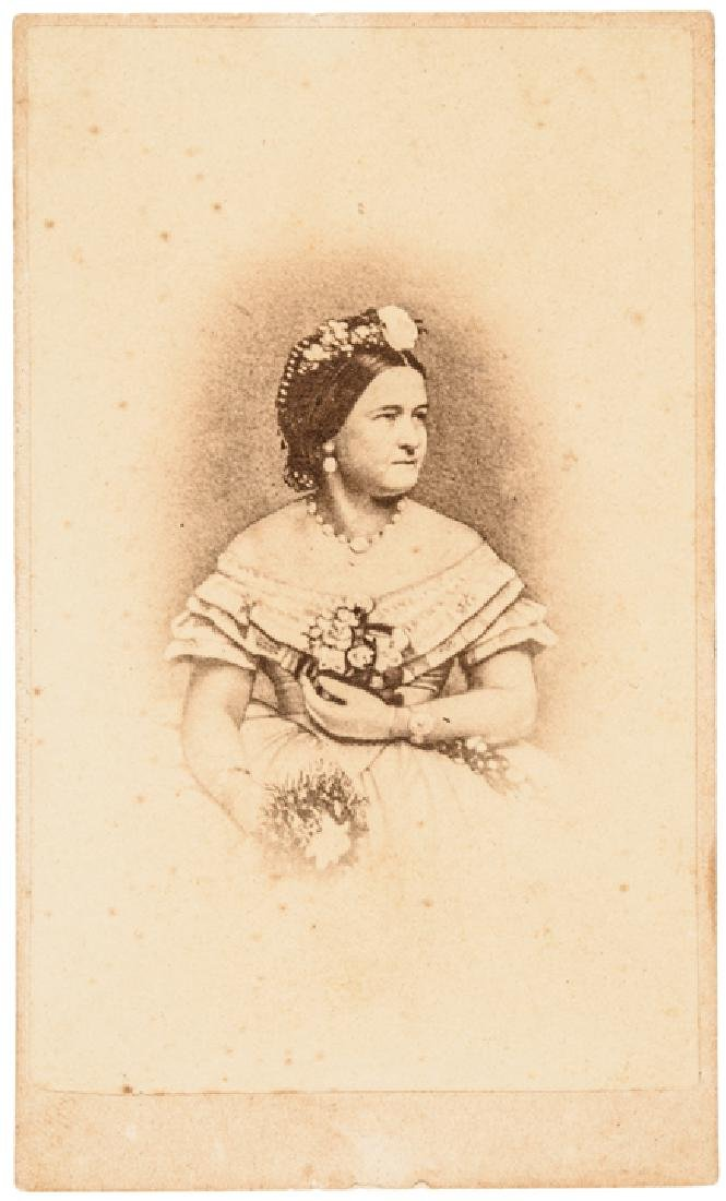 c. 1862 Brady CDV Photograph of Mary Todd Lincoln