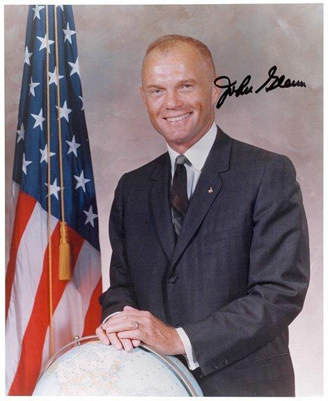 3001: ASTRONAUT: JOHN GLENN, Signed Formal Portrait