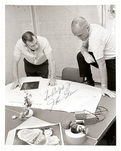 4001: ASTRONAUT JOHN GLENN Signed Photo, 1962