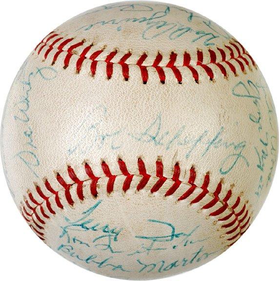 2005: BASEBALL, Baseball Signed by 1962 Detroit Tigers