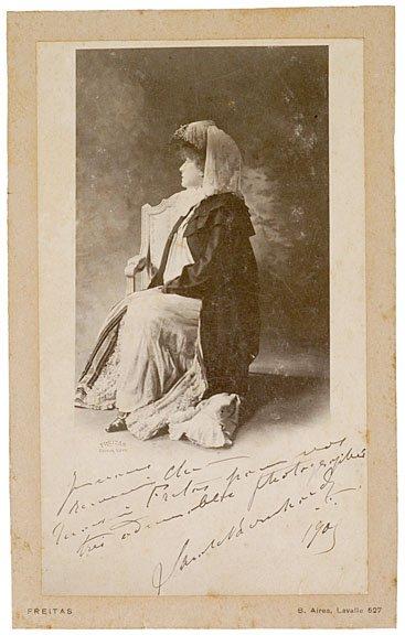 24: SARAH BERNHARDT, Cabinet Photograph Signed