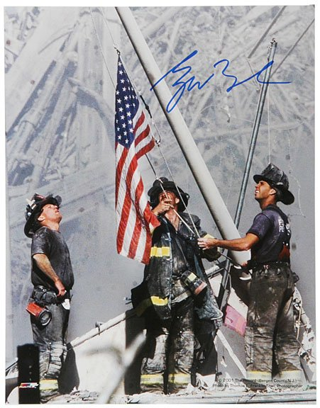 30: GEORGE W. BUSH Signed Photo 9-11 NY Firefighters