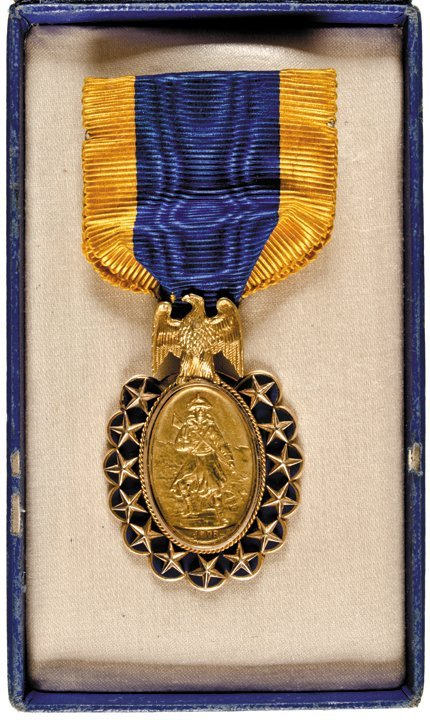 1883 Sons of the Revolution Medal. 14ct. Gold. - 4