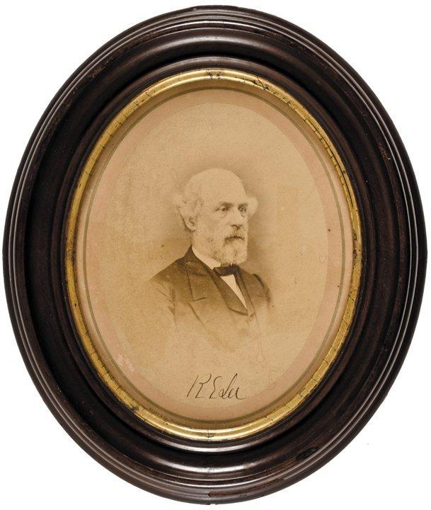 ROBERT E. LEE Rare Signed Oval Photo. Provenance