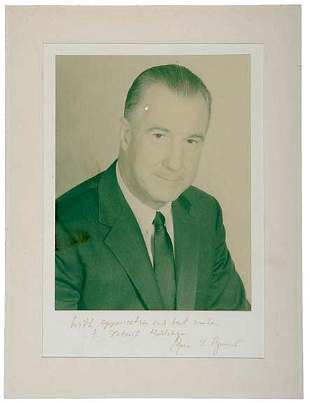 Lot 4: Spiro T. Agnew Signed Photo