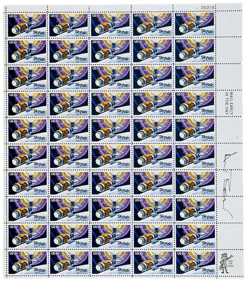 Lot   7: Postage Stamps Signed by  ASTRONAUT Alan Bean