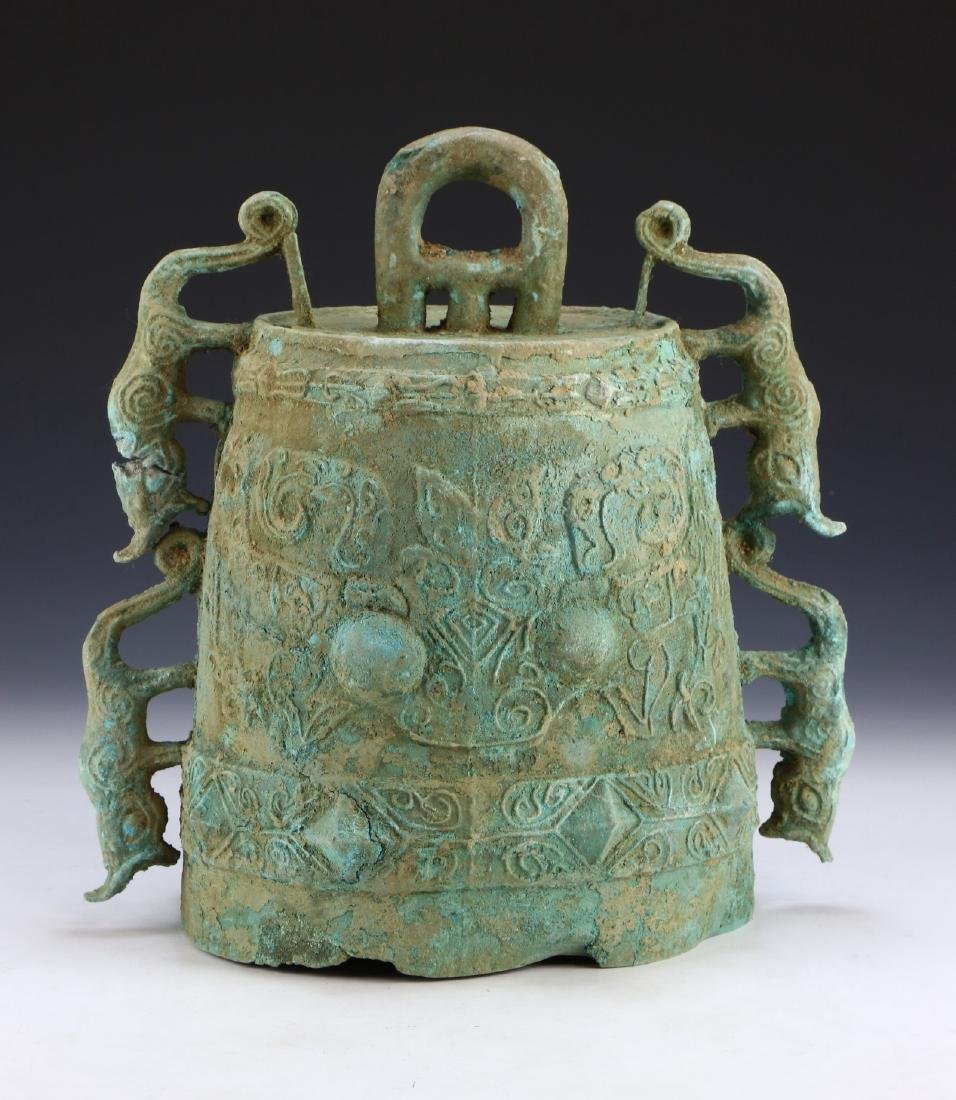 A BIG CHINESE ANTIQUE ARCHAIC BRONZE BELL