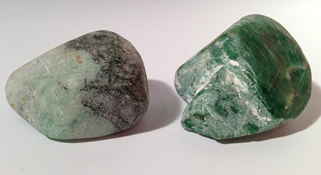 2 pieces jadeite