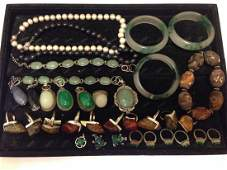 LARGE GROUP OF JADE & JEWELRY COLLECTION