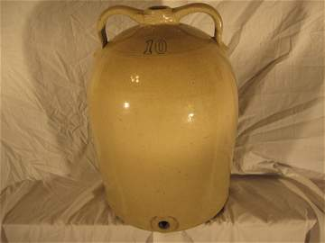 10 gallon double-handled Beehive Water Cooler -