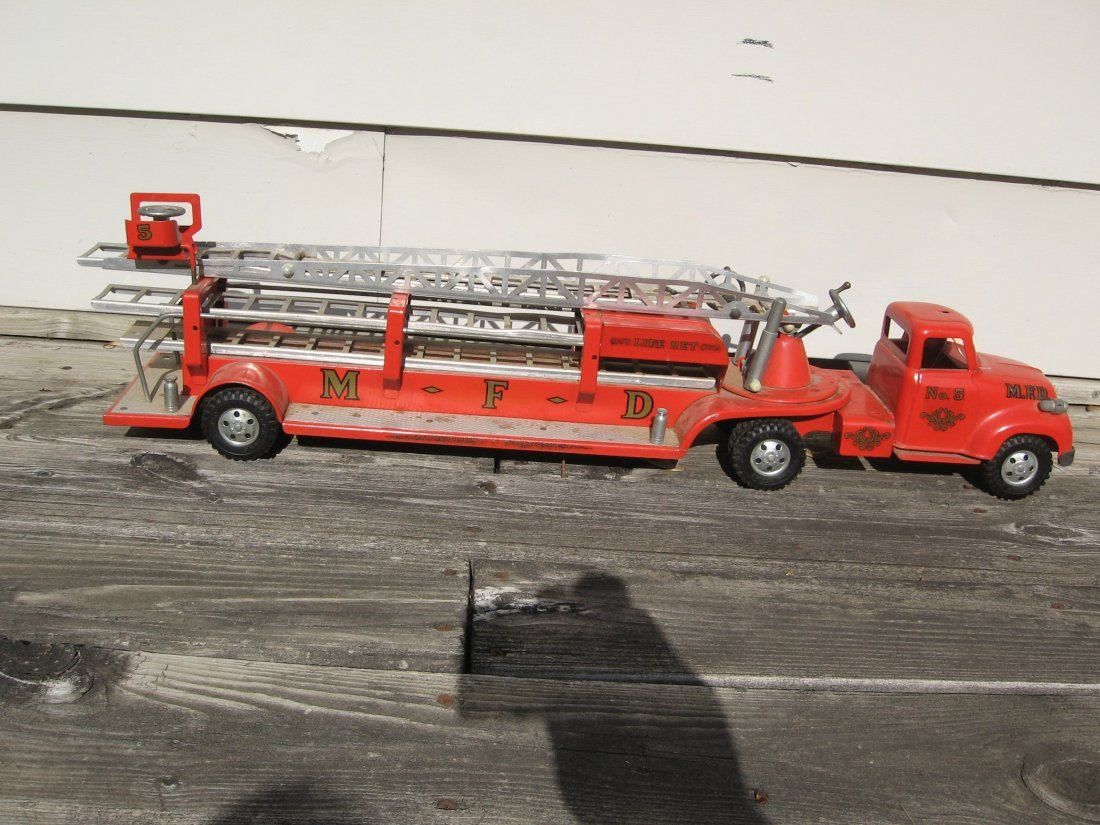 TONKA NO. 5 M.F.D. FIRE TRUCK TOY