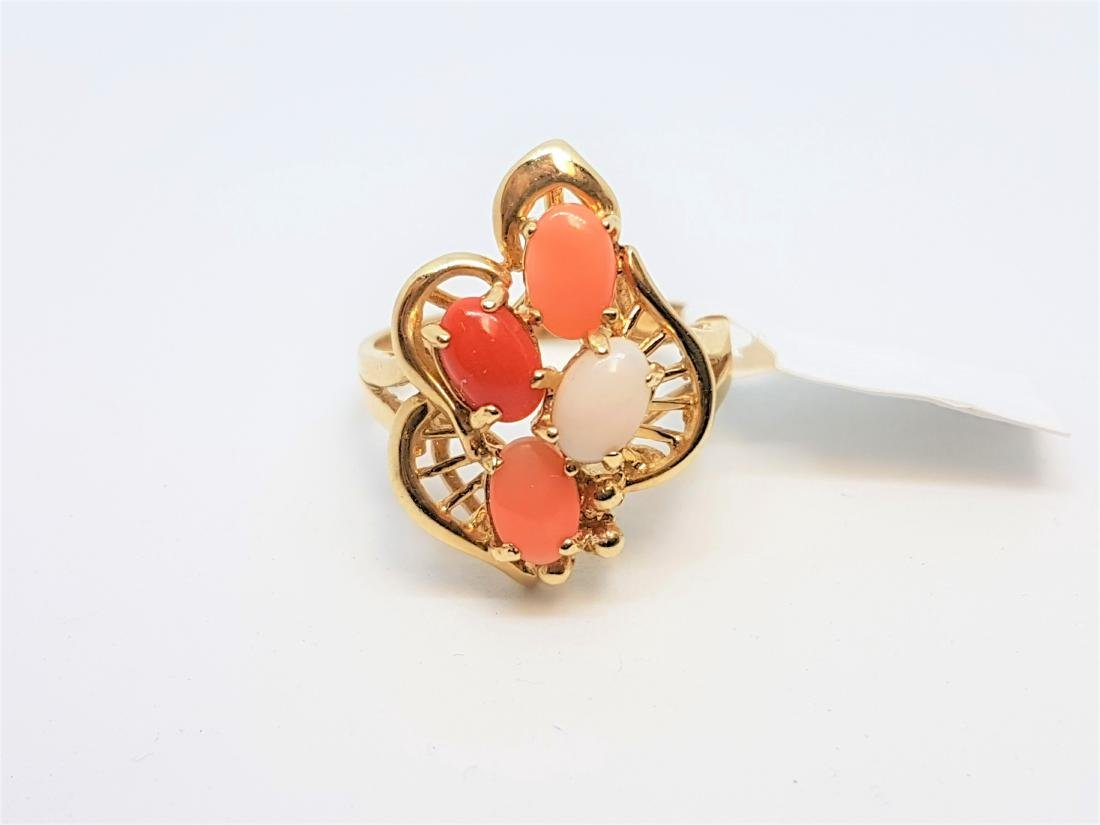 VINTAGE 14K YELLOW GOLD OPAL CORAL RING