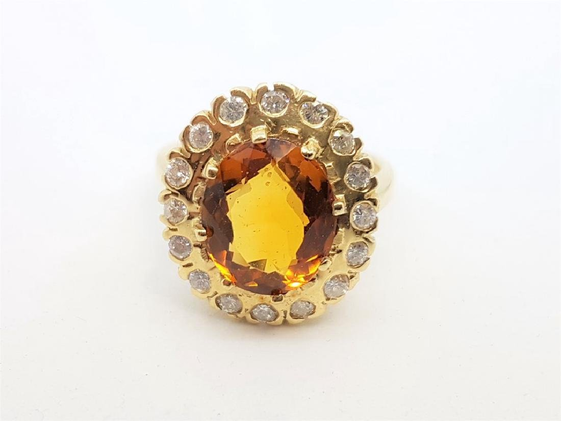 VINTAGE 14K YELLOW GOLD TOPAZ DIAMOND RING