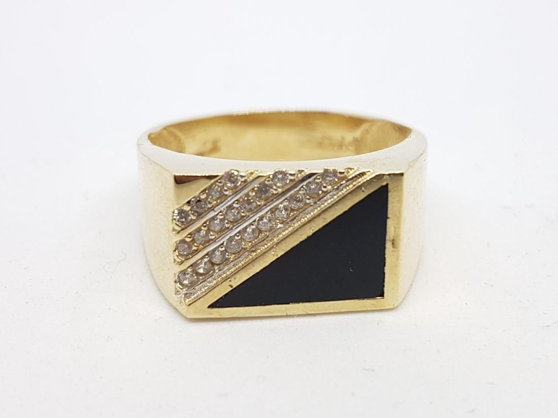 VINTAGE 14K YELLOW GOLD ONYX DIAMOND RING