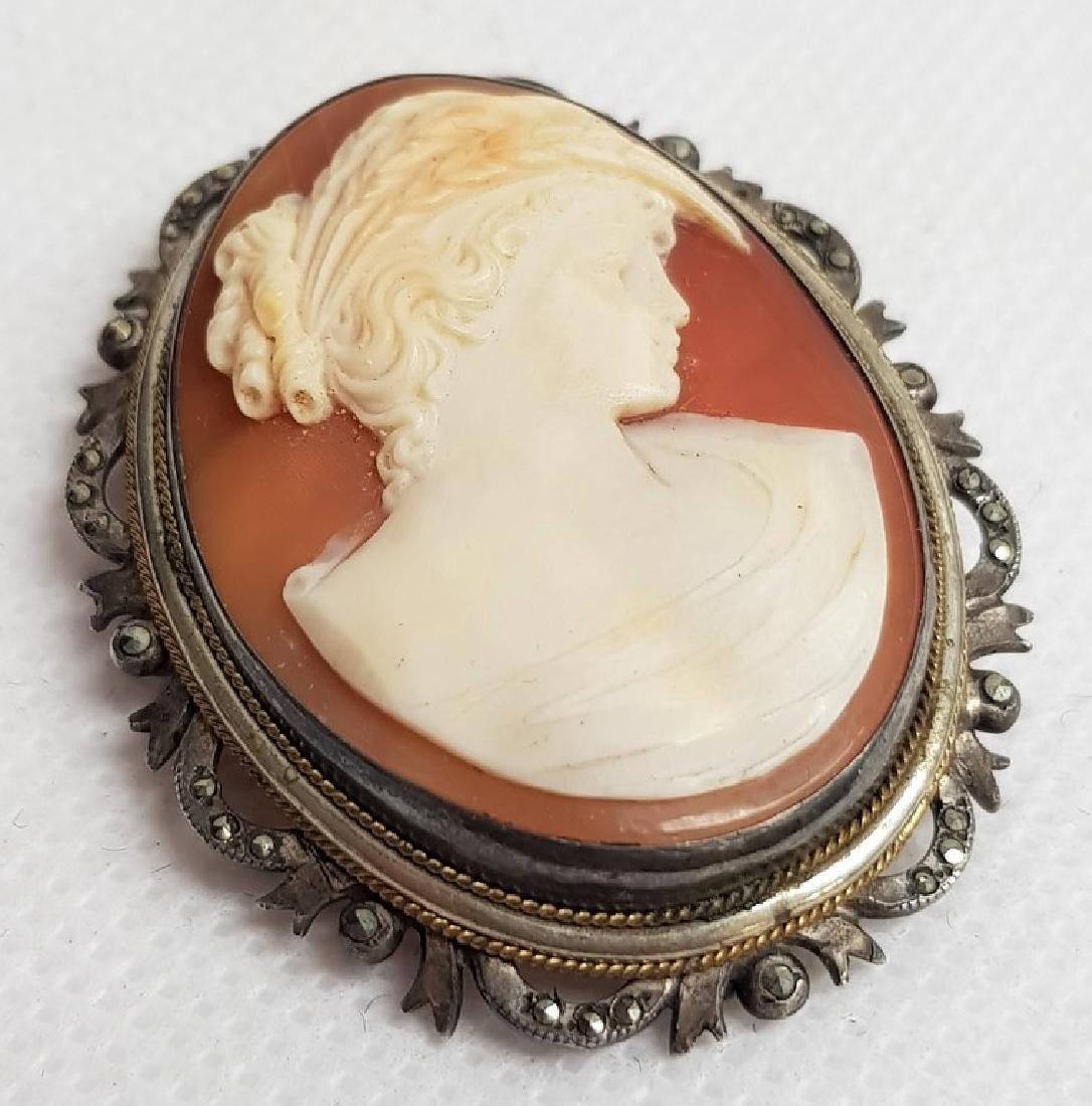 ANTIQUE SILVER CAMEO BROOCH