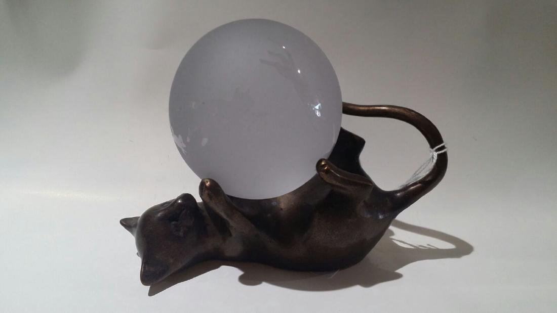 VINTAGE SPELTER BRONZE CAT ETCHED GLASS PAPERWEIGHT