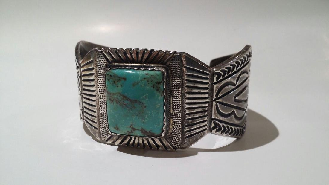 LARGE STERLING SILVER NATIVE AMERICAN SIGNED CUFF - 2