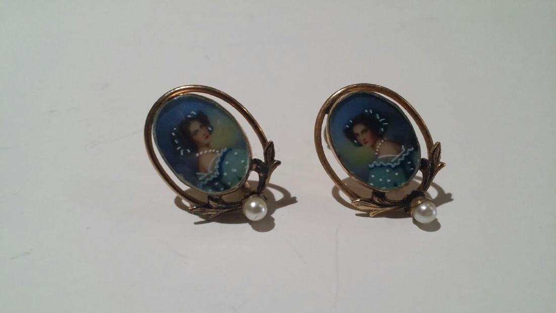 VINTAGE GOLD FILLED PORTRAIT EARRINGS