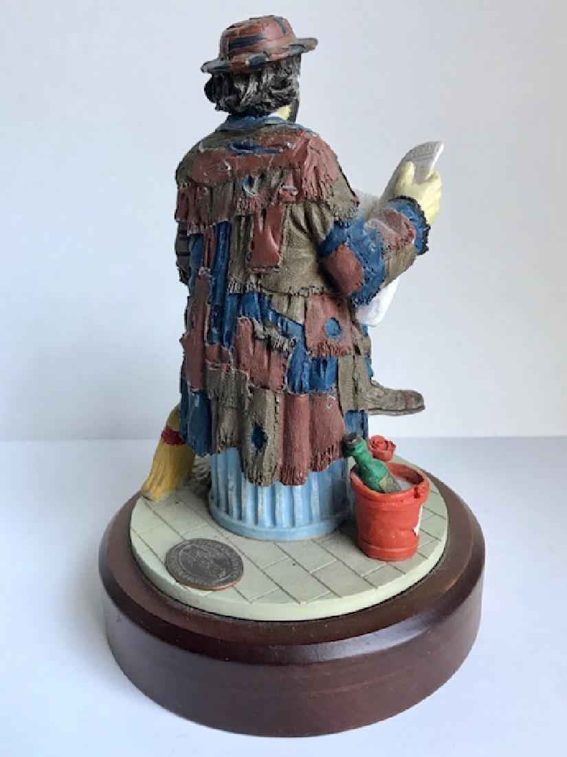 Limited Edition EMMETT KELLY Hobo Clown Figurine - 2