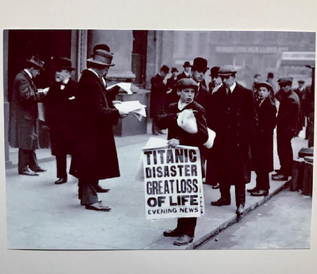 "1912 News Boy TITANIC Tragedy Photograph 5"" x 7"""