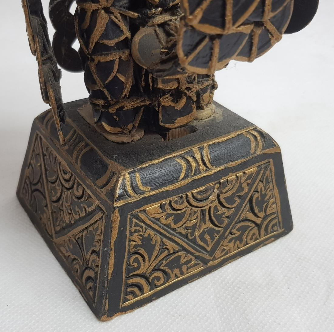ANTIQUE CHINESE COIN STATUE - 4