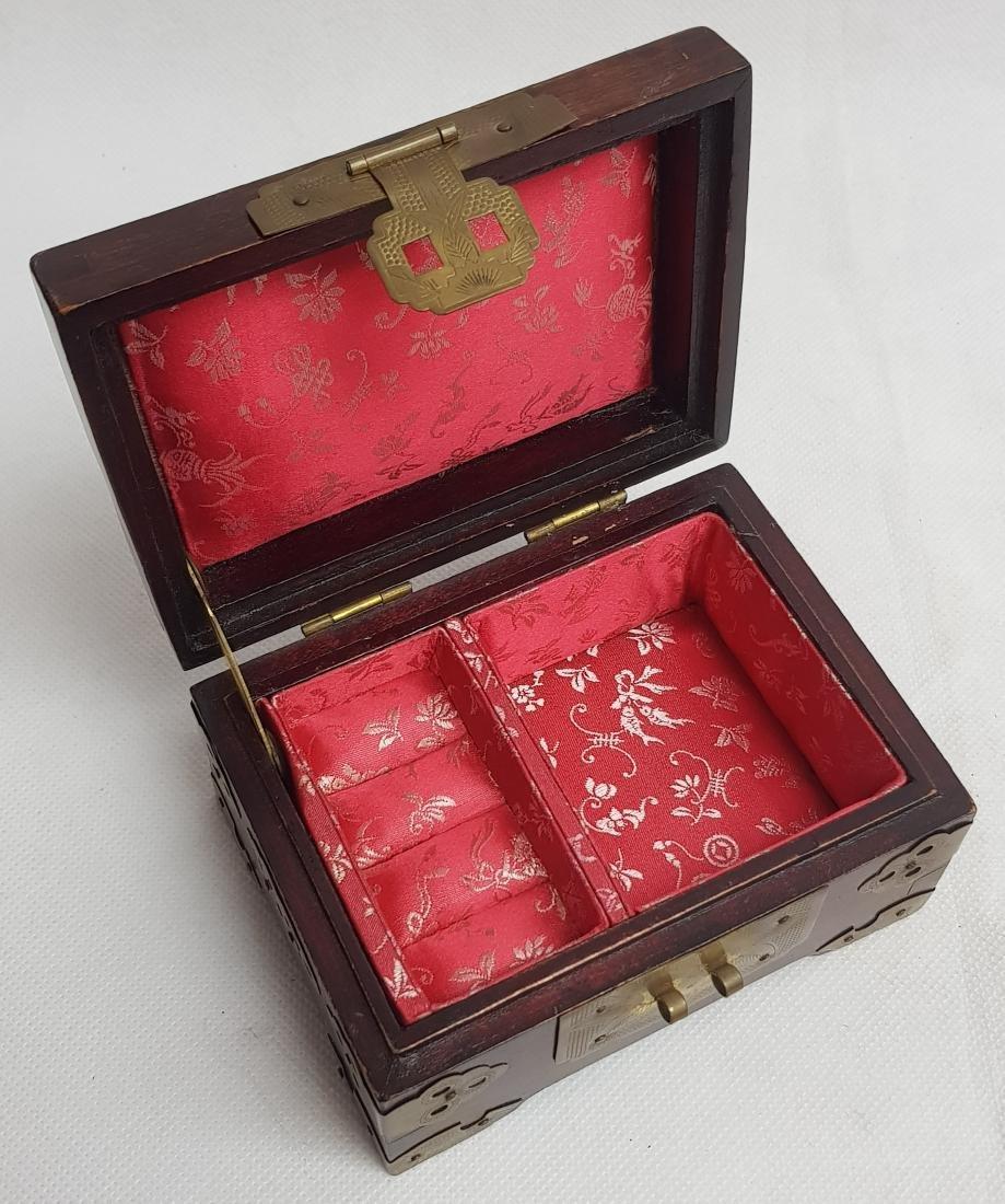 ANTIQUE CHINESE JEWLERY BOX - 3