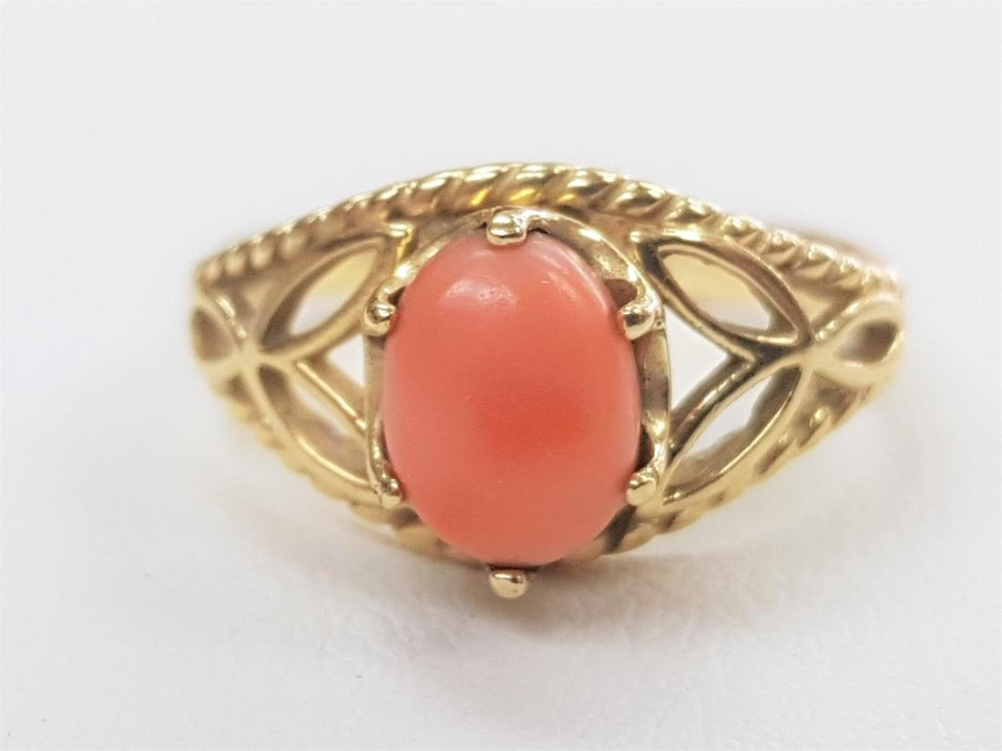 LARGE PINK CORAL GOLD RING
