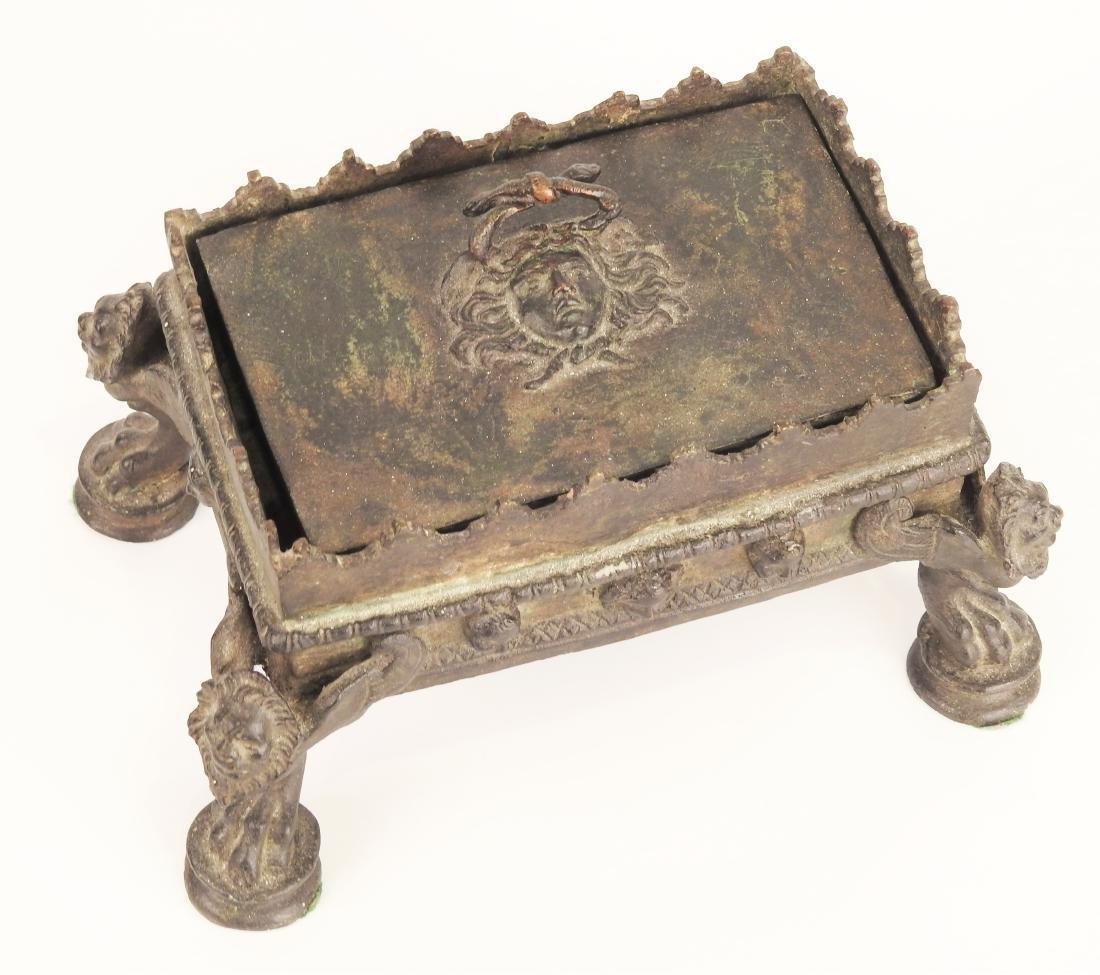 ANTIQUE BRONZE MEDUSA LIDDED JEWELRY DRESSER BOX