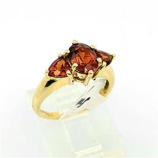 14kt YG Garnet ring