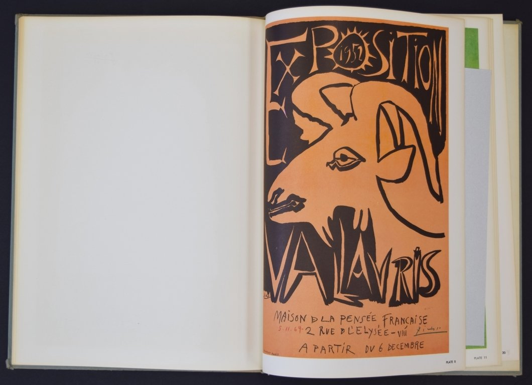 POSTERS OF PABLO PICASSO HAND SIGNED BOOK BY CROWN - 10