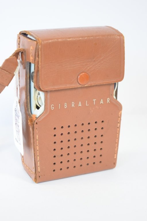 GIBRALTAR 6 TRANSISTOR RADIO