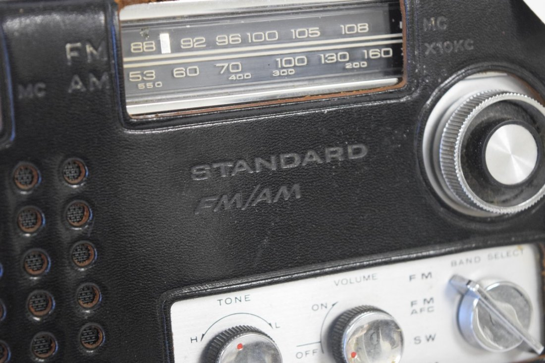 standard radio - 3