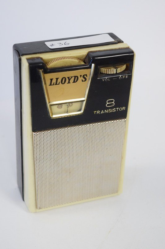 lloyds 8 transistor radio