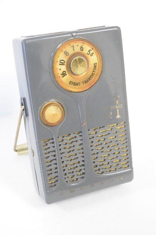 8 transistor radio