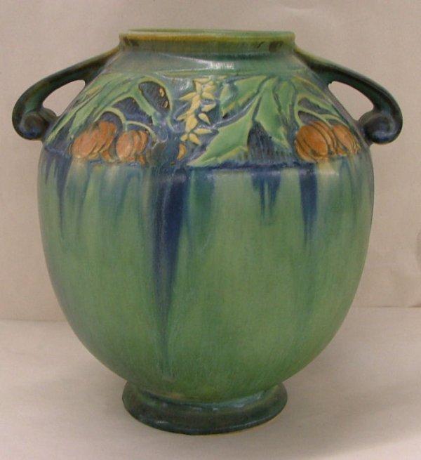 16: Roseville Baneda vase, 595-8